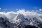 Mountains in cloud — Stockfoto