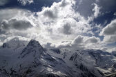 Mountains in clouds — Stockfoto