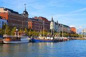 Oude stad pier in helsinki, finland — Stockfoto