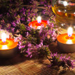 Tea candles and lavender — Stock Photo