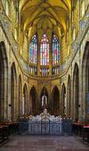 在布拉格圣维特大教堂内部 — 图库照片