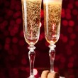Two crystal champagne glasses — Stockfoto