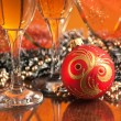 Glasses of wine and Christmas decoration — 图库照片