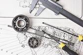 Pinzas y dibujo técnico — Foto de Stock