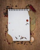 Caderno de receitas e especiarias — Foto Stock