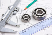 Technical drawing and bearing — 图库照片