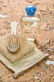 Set of bath accessories on cork wood — Stockfoto