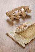 Masajeador y cepillo bast — Foto de Stock