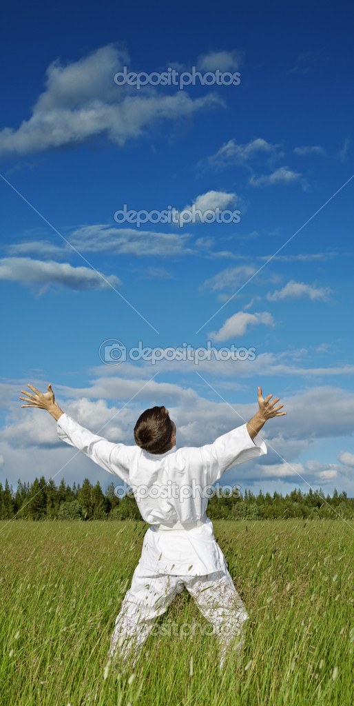 The person has lifted hands to the dark blue sky - happiness — Stock Photo #4525535