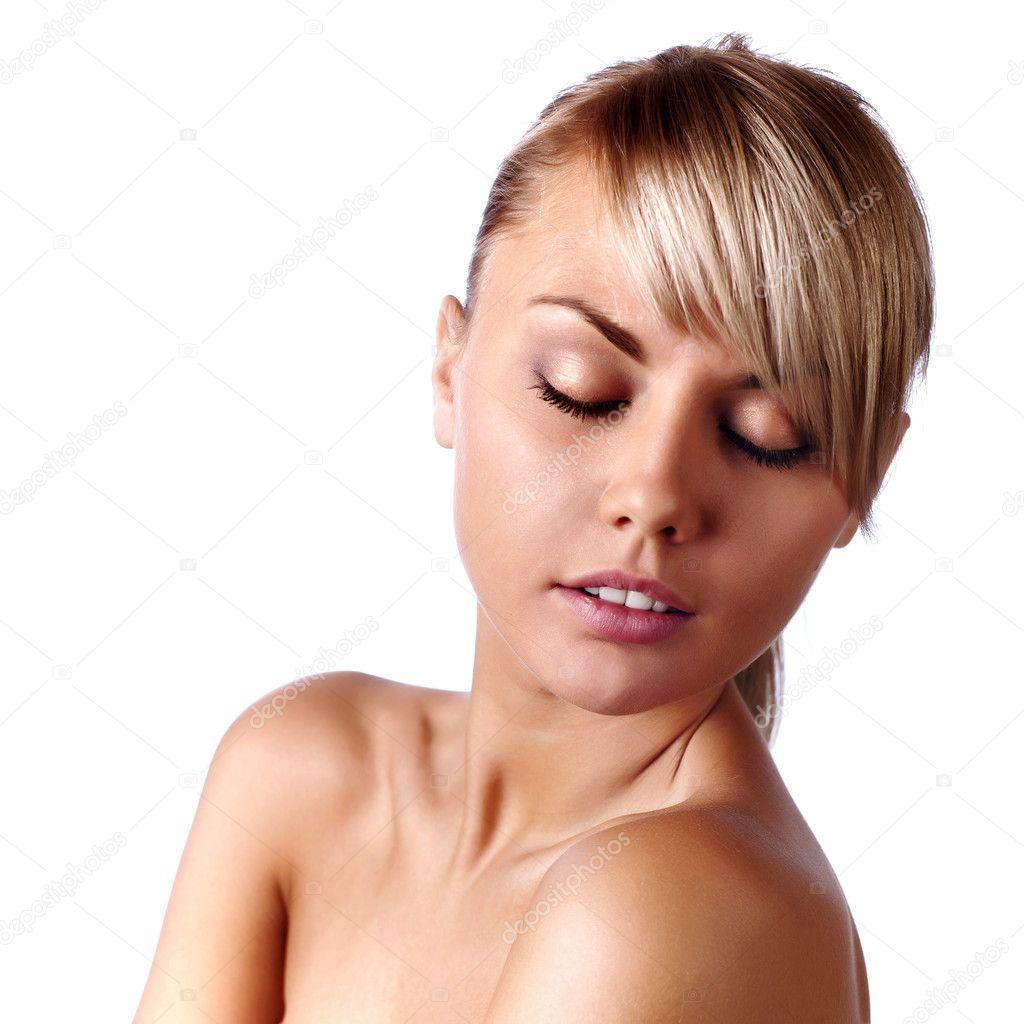 Rostro Sereno De Una Mujer Fresca Belleza Con Los Ojos