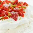 Strawberry Pavlova — Stock Photo #4941783