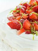 Strawberry Pavlova — Stock Photo