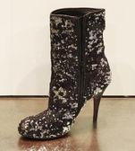 Zwarte vrouwen schoenen — Stockfoto