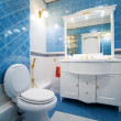 Blue bathroom — Stockfoto