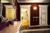 Korridoren med en dörr — Stockfoto
