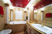 Marble bathroom — 图库照片