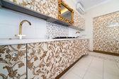 красивая современная кухня — Стоковое фото