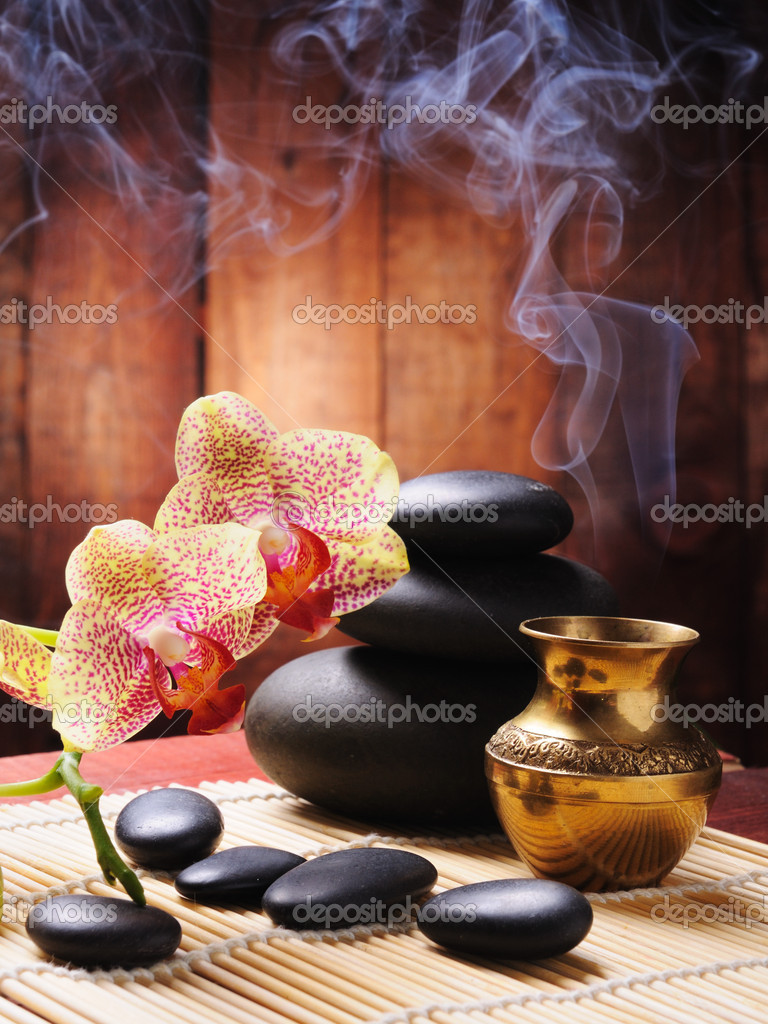 Spa concept with orchid and zen stones  Foto de Stock   #4350061