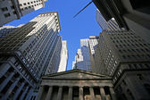 Classical New York - Wall street, skyscrapers in Manhattan — Stock Photo