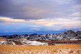 зимний сезон в сельской местности в штате монтана, сша — Стоковое фото