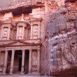 Imposing Monastery in Petra - Nabataeans capital city ( Al Khazn — Stock Photo