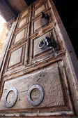 Classic Israel - Ancient door of the church of the Holy Sepulche — Foto de Stock