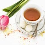 Постер, плакат: Тюльпан и чашка чая