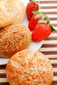 Pagnotta di pane fresco fetta — Foto Stock