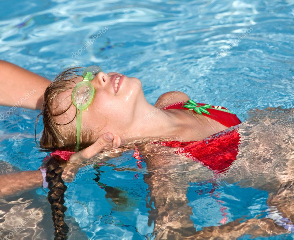 9 Steps to Teaching Swim Lessons - SwimSwam