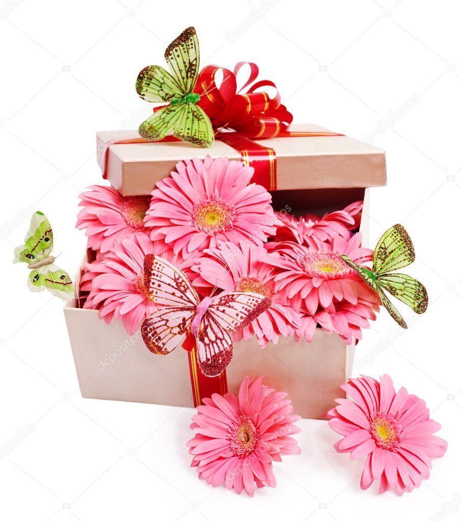 определитесь: нужно прозрачная коробка сердце под цветы пробовал носить