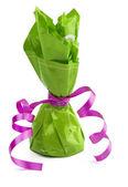 Chocolade kegel snoep verpakt in het groen — Stockfoto