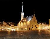 Raekoja square in Tallinn — Stock Photo