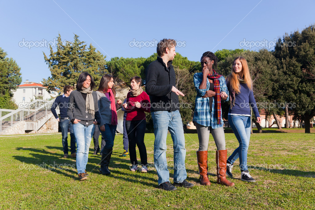 College Students Walking and Talking at Park — Stock Photo #4933542