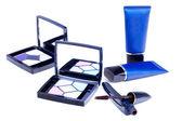 Eyeshadows, mascara en blauw buizen — Stockfoto