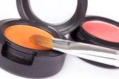 Pennello professionale su ombretti arancio scatola — Foto Stock