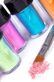 Tubos com escova de pigmento e maquiagem profissional — Foto Stock