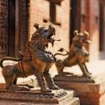 Lion monster statue, Bhaktapur, Nepal — Stock Photo