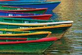Color boats on Phewa lake, Pokhara, Nepal — Stock Photo