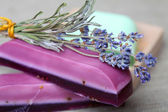 Handmade lavender soap bars and dryed lavender flowers — Stock Photo