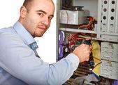 Man repair computer — Stock Photo