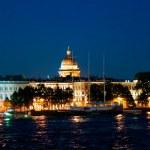 在晚上的彼得斯堡 — 图库照片