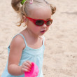 Girl with sunglasses — Stock Photo #5163456