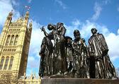 огюст роден скульптурная группа «граждане кале». лондон — Стоковое фото