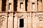 Het klooster in petra jordanië — Stockfoto