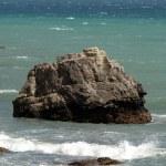 Waves crashing on the rocks — Stock Photo #4489499