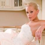 Beautiful bride — Zdjęcie stockowe #4596226