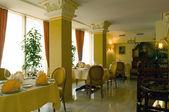 Interior do restaurante — Fotografia Stock