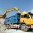 Loading a large lorry building material - Foto de Stock