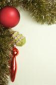 новогодние игрушки с елкой — Стоковое фото