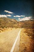 Vintage foto met road — Stockfoto
